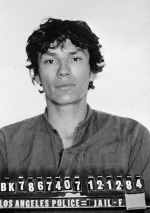 O serial killer Richard Ramirez em foto não datada (Foto: AP)
