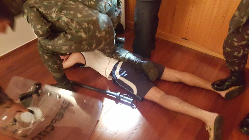 Adolescente detido após invadir Alvorada (Foto: Reprodução)