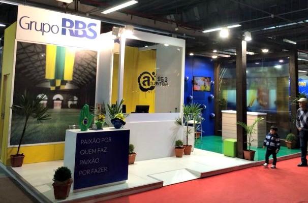 Estande do Grupo RBS na Fenadoce, em Pelotas (Foto: Divulgação/RBS TV)