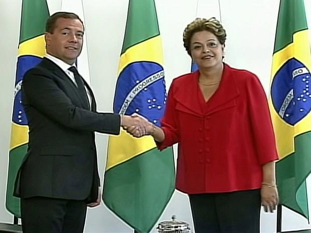 Dmitri Medvedev e Dilma Rousseff (Foto: Globo News)