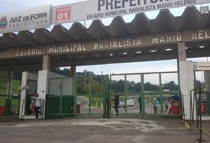 Estádio Municipal Radialista Mário Helênio Juiz de Fora Tupi-MG (Foto: Bruno Ribeiro)