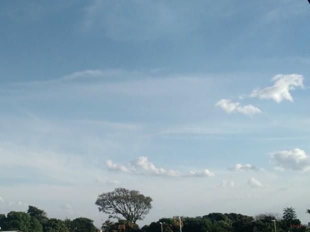 Céu de Campo Grande na tarde desta quarta-feira (24) (Foto: Adriel Mattos/G1 MS)
