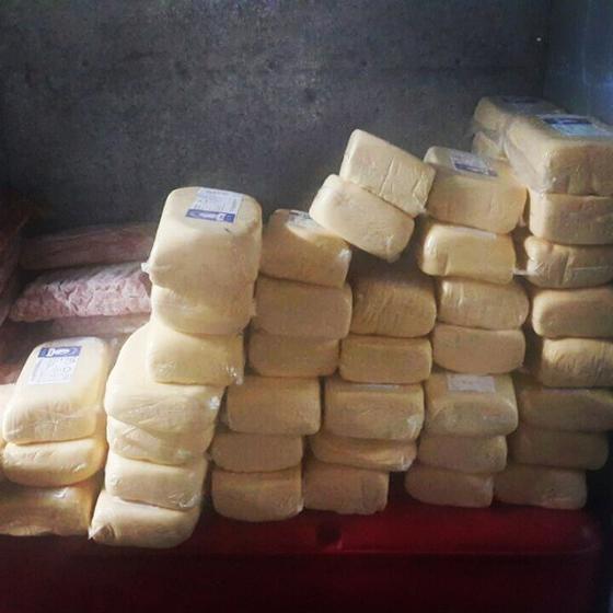 Parte dos alimentos condenados pela Vigilância Sanitária no estande da chef (Foto: Divulgação)