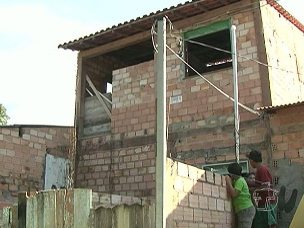Segundo Crea, a maior parte das construções são feitas por conta própria (Foto: Reprodução/TV Tapajós)