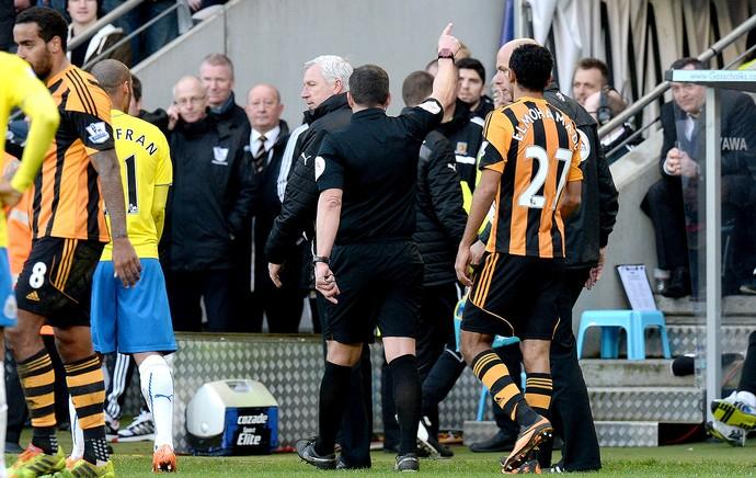 Alan Pardew confusão jogo Hull City e Newcastle (Foto: Getty Images)