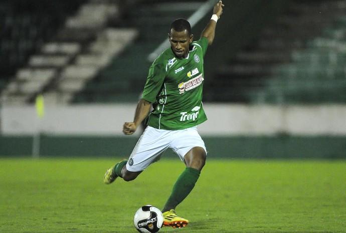 Lucas Bahia zagueiro Guarani (Foto: Rodrigo Villalba / Memory Press)