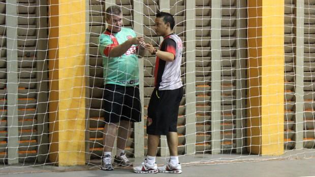 Mozart Bastos, treinador do Cajuína - Futsal  (Foto: Josiel Martins )