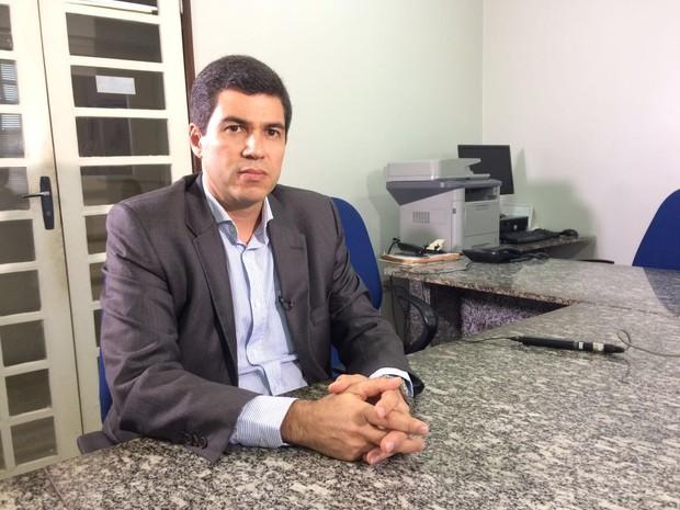 Promotor do MPPE Humberto Graça expediu recomendações  (Foto: Anderson Melo/TV Globo)