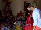 'Mamãe Noel de Cariacica' presenteia mais de 500 crianças, no ES