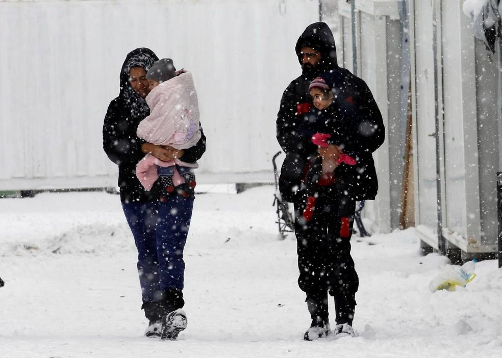 Nevascas têm atingido países europeus (Foto: Yannis Behrakis/Reuters)