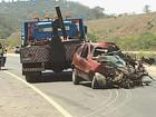 Duas pessoas morrem e uma fica ferida em acidente na BR-381 em MG