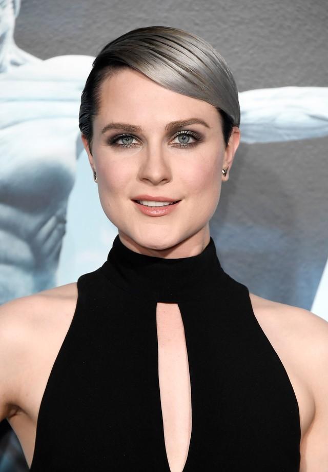 Evan Rachel Wood revela que sofreu abuso sexual duas vezes