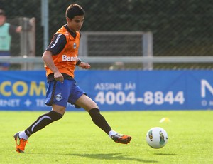 Bertoglio treina no Grêmio (Foto: Lucas Uebel/Divulgação, Grêmio)