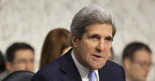 O senador John Kerry nesta quinta-feira (20) durante audiência no Senado (Foto: AP)