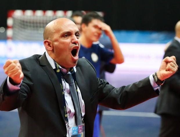 Cacau técnico do Cazaquistão futsal