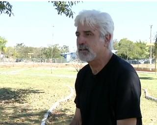 O ex-jogador de vôlei, Badá falou sobre suas conquistas (Foto: RJTV 2ª Edição)