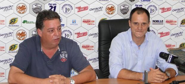Ricardo Schroeder, diretor de futebol, e Wagner Lopes, técnico do Comercial (Foto: Gabriel Lopes / Comercial FC)