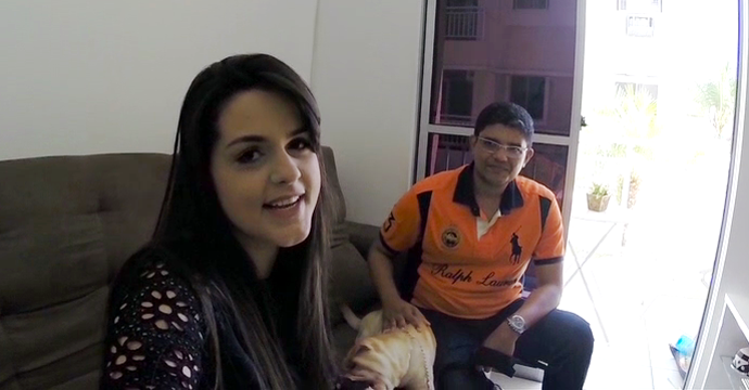 A cearense Juliana Barros mostra porque sua família 'É de Casa'! (Foto: TV Verdes Mares)