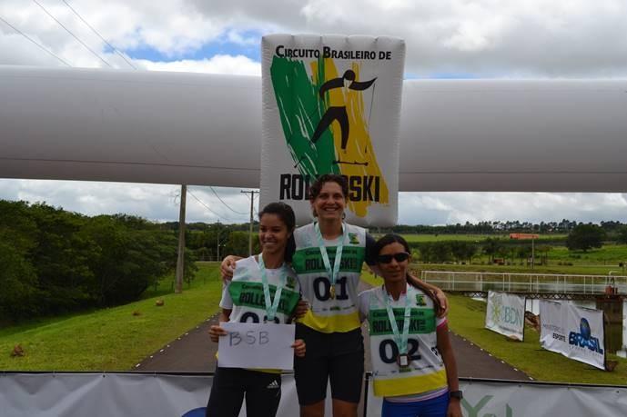 Bruna Moura venceu mais uma etapa do Brasileiro de Rollerski (Foto: Divulgação/CBDN)