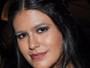 Antonia Morais aparece com sobrancelha exótica