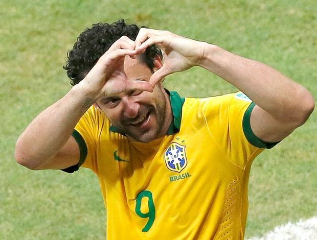 Fred gol Brasil jogo Itália em Salvador (Foto: Reuters)