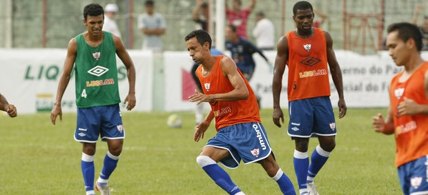 Marquinhos durante treino do Águia de Marabá (Foto: Marcelo Seabra/O Liberal)