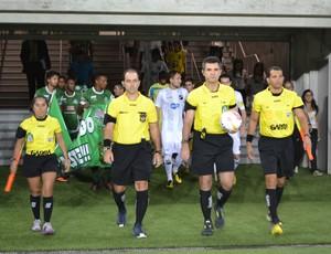 Ítalo Medeiros de Oliveira apita América-RN e Santa Cruz-RN, na Arena das Dunas (Foto: Jocaff Souza)