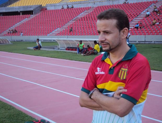 Fisioterapeuta do Sampaio, Marcos Riccelli (Foto: Afonso Diniz/Globoesporte.com)