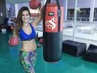 De top, Kamilla Salgado mostra foto após treino 'para queimar gordura'