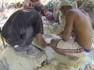 Garimpo ilegal tem funcionado há cerca de um mês em Pontes e Lacerda (Foto: Reprodução / TVCA)