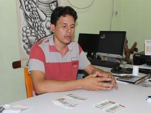 Para coordenador do Banco de Cocais, moeda local fez diferença para população (Foto: Catarina Costa/G1)