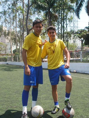 Farbod e Matin no treino do Juventus (Foto: Marcos Guerra/Globoesporte.com)