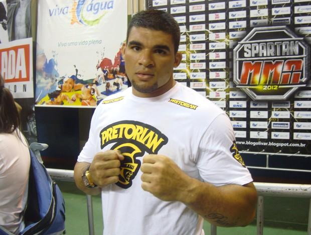 Lutador do UFC Glover Teixeira elogiou evento (Foto: Afonso Diniz/Globoesporte.com)
