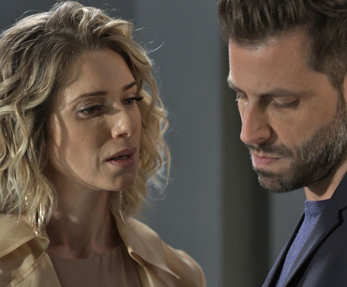 Em conversa com Gabo, Soraya relembra morte do pai de Ben (Foto: TV Globo)