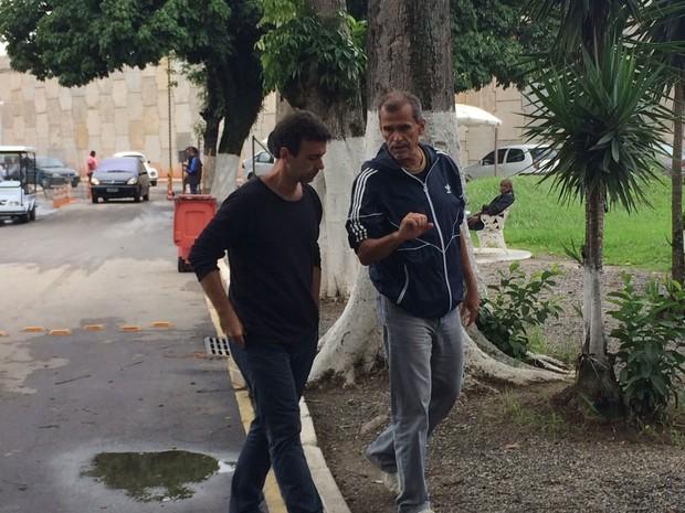 Freixo lamentou a morte do segurança e amigo Alexandre Murta (Foto: Marcelo Elizardo / G1)