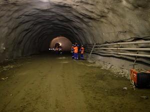 Maior túnel do país terá 3.520 metros de extensão (Foto: Camilla Motta/ G1 )