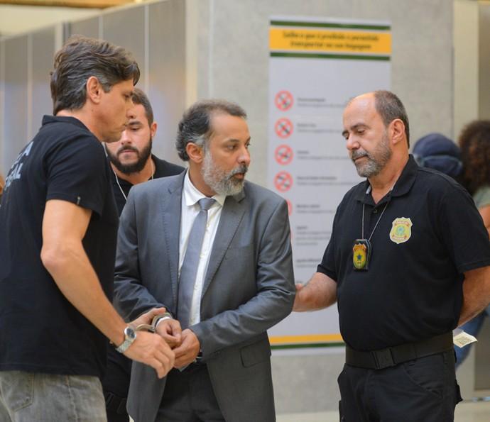 Delegado Fonseca acaba levando a pior (Foto: Pedro Carrilho/ Gshow)