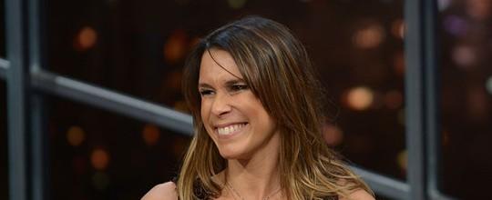 Grávida do segundo filho, Sarah Oliveira festeja o crescimento de sua barriga: 'Estou orgulhosa'