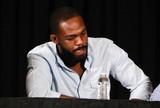 Jones testa positivo para esteroides e deve perder cinturão do UFC, diz site