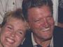 Xuxa agradece fãs pelas orações por seu pai