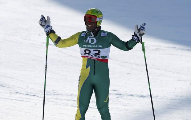 Jhonathan Longhi no Mundial de esqui na Áustria (Foto: Reuters)