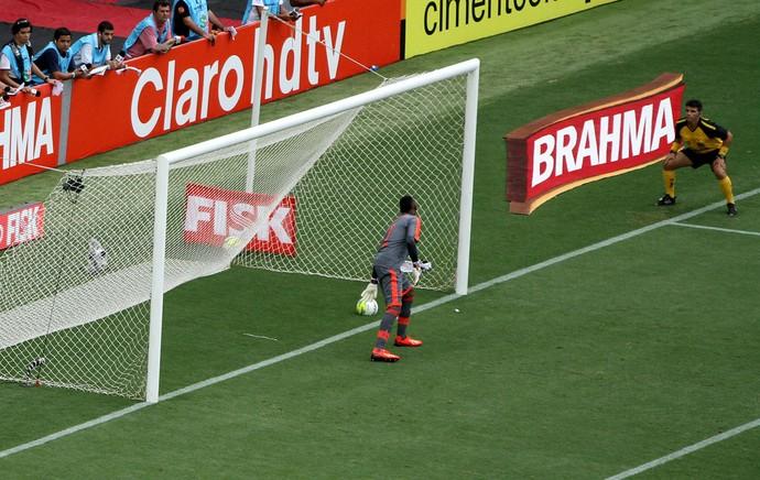 Erro arbitragem Vasco x Flamengo (Foto: André Durão)