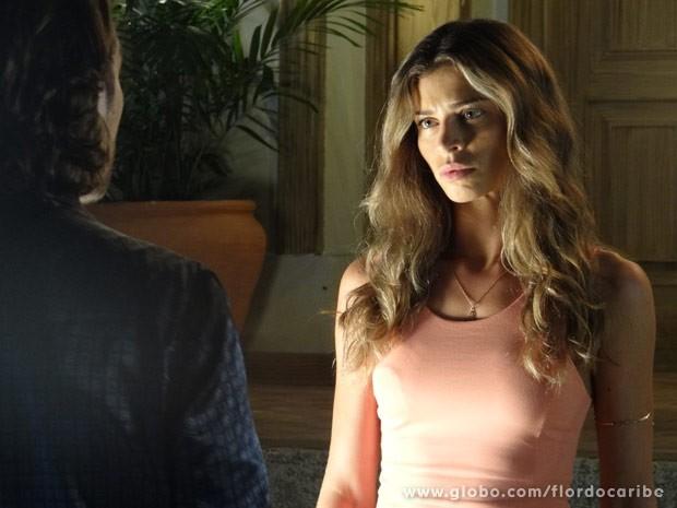Ester resolve se divorciar (Foto: Flor do Caribe/ TV Globo)