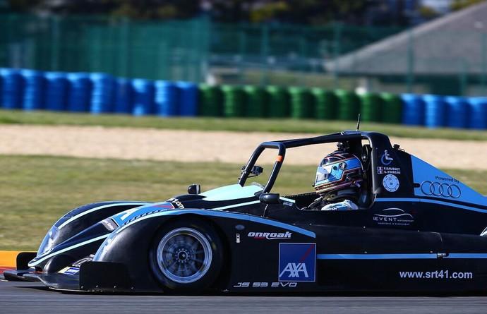 Frédéric Sausset compete em carro adaptado em regional de endurance na Europa (Foto: Reprodução/Twitter)