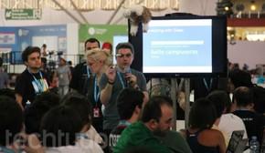 O workshop do Google Glass, na Campus Party, mostrou como os brasileiros estão interessados nos óculos de Realidade Aumentada (Foto: TechTudo/Renato Bazan)