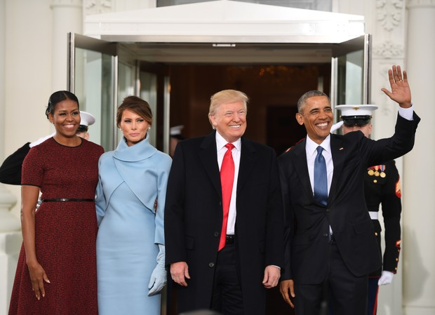 Michelle Obama, Melania Trump,  Donald Trump e Obama  (Foto: afp)