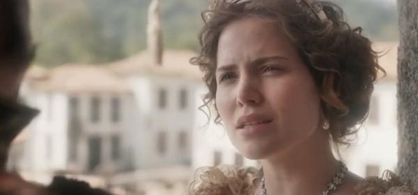 Letícia Colin: avalanche de elogios por sua atuação na novela como a imperatriz Leopoldina (Foto: Reprodução/ TV Globo)
