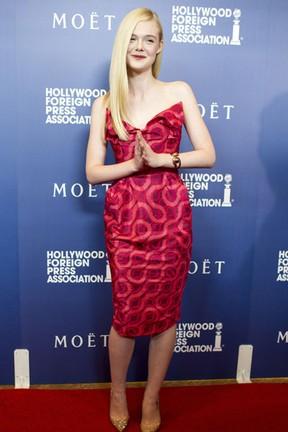Elle Fanning em evento em Los Angeles, nos Estados Unidos (Foto: Robyn Beck/ AFP)