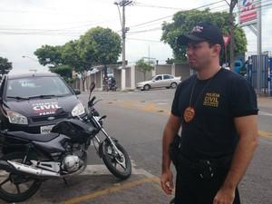 Delegado responsável pelas investigações Ed Elvis (Foto: Anna Lúcia Silva/G1)