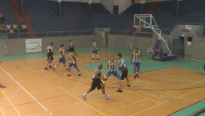 AABB vence na estreia do returno do estadual de basquete, no AP (Foto: Reprodução/TV Amapá)